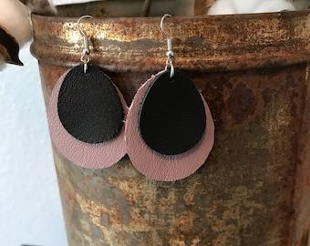 Leather Earrings-Teardrop in lavender and black