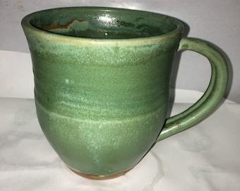 Handmade 12-14oz emerald coffee mug