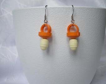 Earrings pacifier paper quilling