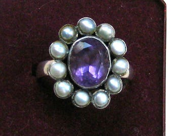 Silver ring with beautiful amethyst and real pearls. Antique Victorian