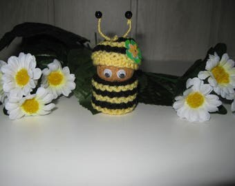 figurine little bee yellow and black
