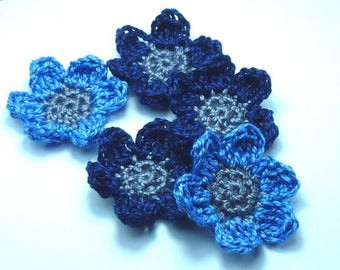 set of 5 flowers crocheted cotton blue and grey 2 tone