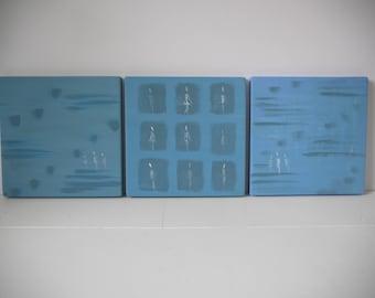 """triptyques de 3 petits tableaux en bois série """"mes petites bonnes femmes"""" , univers minimaliste bleu et gris , peinture acrylique"""