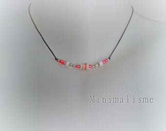 Necklace fine ref coral seed beads: M042