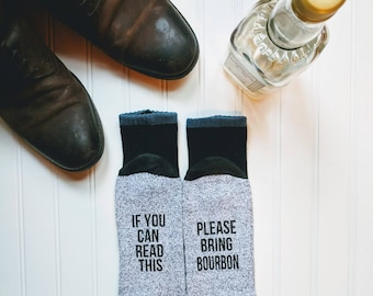 Bourbon lover gift, If you can read this bring bourbon thermal socks, birthday gift for dad, husband, brother, friend, groomsmen gift!
