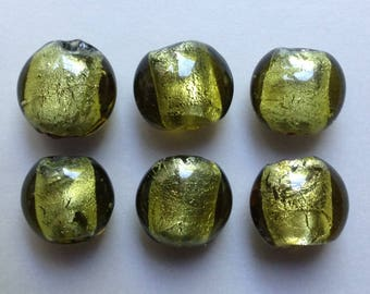 set of 4 green round glass lampwork silver wafer beads ~ 15mm flat /7/