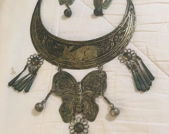 Handmade Native American Necklace with matching earrings