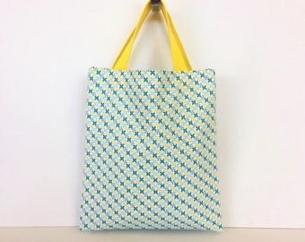 Small tote bag multifunctional inside lining with pattern flowers graphics