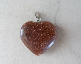 "1 ""gold sand stone/Brown sand stone"" heart pendant 20 mm"