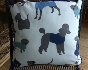 Scatter cushion with dog print