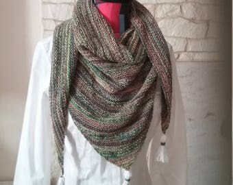 Trendy shawl hand knit degraded