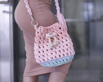 Knitted pink tote bag