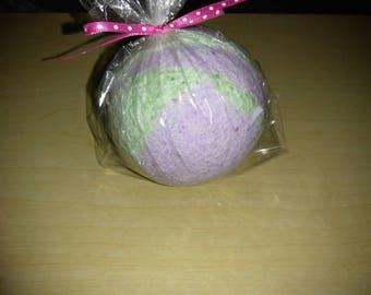 Lavender and mint bath bomb