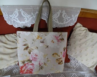 "Large bag practical and Chic ""English Roses"""