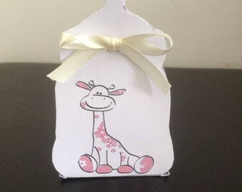 Pink giraffe baby bottle favors boxes