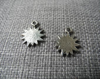 Small charm silver metal star