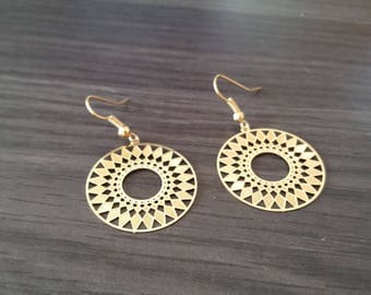 Round Dreamcatcher earring