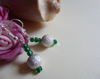 Earrings green beads and silver glitter bead
