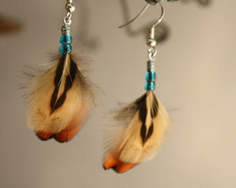 Pair of natural feather earrings ethnic style