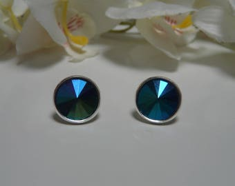 Earrings made with a Navy Blue rhinestone 14 mm Green reflection