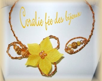 Silk flower and pearls Orange aluminum necklace
