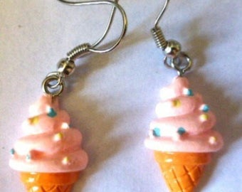 Earrings ice cream cone and ice pink blue and yellow nuggets 2cmx L 1.5 cm H