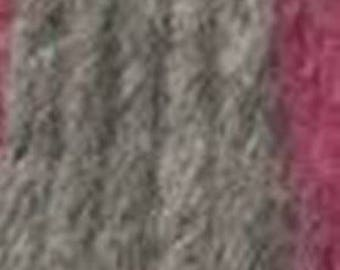Gray wool with a touch of pink, Saetta from Adriafil