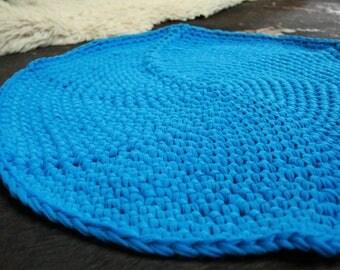 Crochet Rug- blue