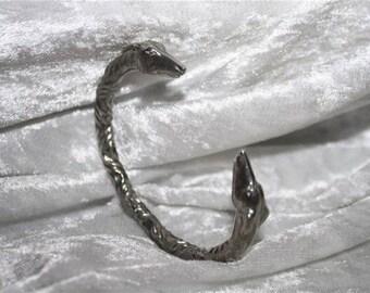 Heads greyhounds bracelet
