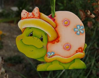 """Hanging wooden """"Turtle hat and flowers"""""""