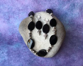 Ebony Black Necklace And Earring Set