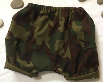 Harem baby shorts camouflage print