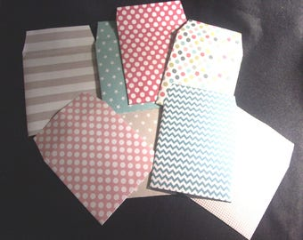 """10 small fancy """"Toga"""" paper envelopes"""