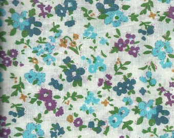 Cotton fabric with flowers - 45x45cm