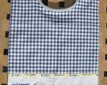 Bib/napkin embroidered Navy Blue gingham