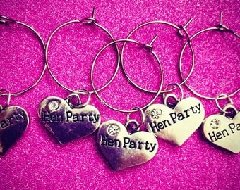 10x Hen Party wine glass charms with crystal