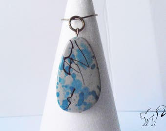 Pendant Pearl blue effects graphics splashes