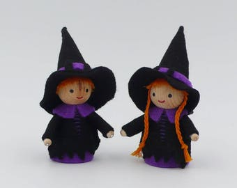 Halloween / Witch and miniature witch / wood and felt ornaments