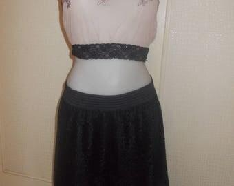 Small black velvet skirt before and lace black, elastic belt. cuts 40 length 50 cm.