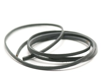 1 m cord strap genuine leather 3 x 2 mm, grey