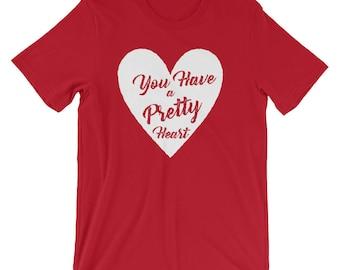 Pretty Heart white design t shirt Valentines Day sweetheart great gift date night flowers chocolates boyfriend girlfriend