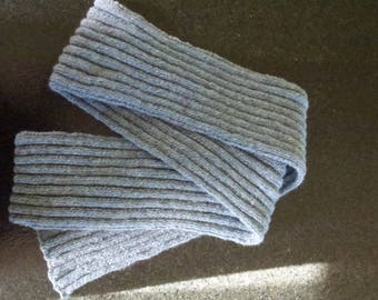 great hot knit scarf handmade blue and Grey Heather