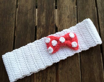 Wide headband with bow