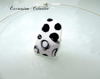 """Ring """"black and white graphic"""" polymer clay"""