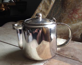 Silver plated tea/coffee pot 1990's.