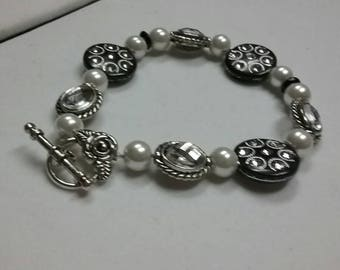 Pearl, Rhinestone Button Bead Bracelet