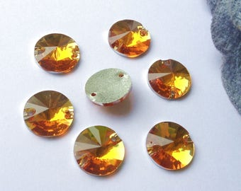 Sewing rhinestones round 12 mm yellow gold faceted pyramid shape resin 2 hole 8 rhinestones (75GL)