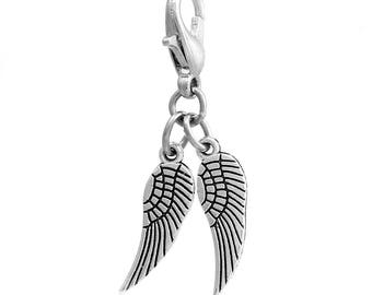 Charm wings 3.1 cms with metal clasp silver