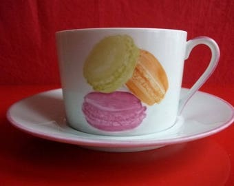 """Breakfast: large cup and saucer in Limoges porcelain """"Macaroons"""""""