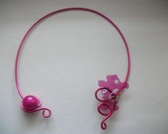 Beautiful and original necklace Fuchsia, care bears.